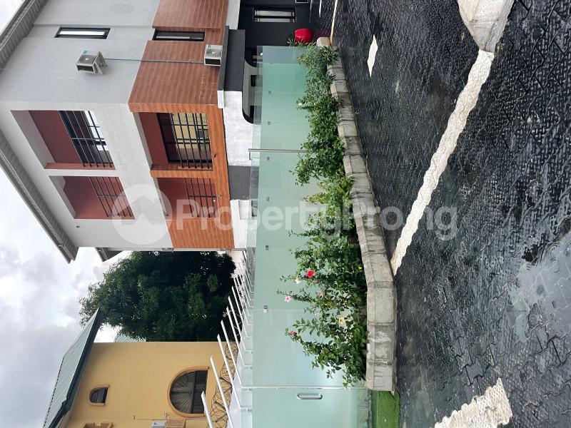 3 bedroom Flat / Apartment for shortlet Kayode Otitoju Street Lekki Phase 1 Lekki Lagos - 16