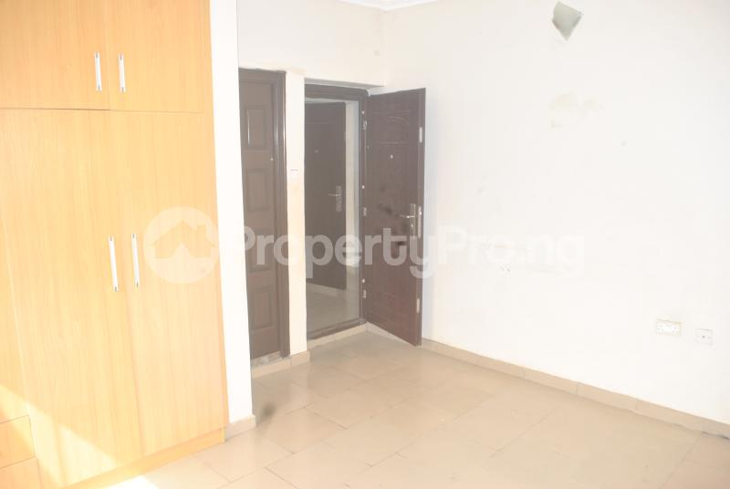 3 bedroom Blocks of Flats House for rent Maureen chigbo close[Now Tribune close] journalist Estate phase 1 Arepo Arepo Ogun - 4