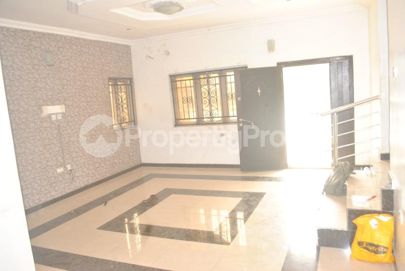 3 bedroom Blocks of Flats House for rent Maureen chigbo close[Now Tribune close] journalist Estate phase 1 Arepo Arepo Ogun - 3