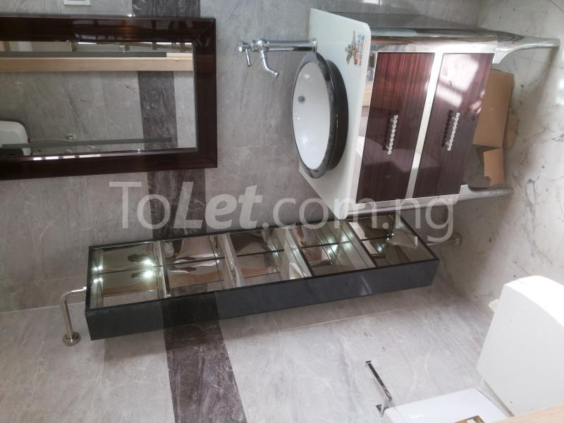 3 bedroom Flat / Apartment for sale - Alagomeji Yaba Lagos - 6