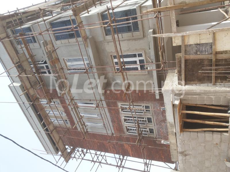 3 bedroom Flat / Apartment for sale - Alagomeji Yaba Lagos - 0