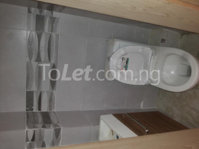 3 bedroom Flat / Apartment for sale - Alagomeji Yaba Lagos - 4
