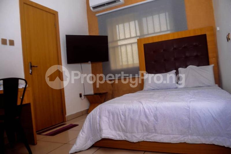 3 bedroom Flat / Apartment for shortlet Golf Estate Off Peter Odili Road Trans Amadi Port Harcourt Rivers - 4