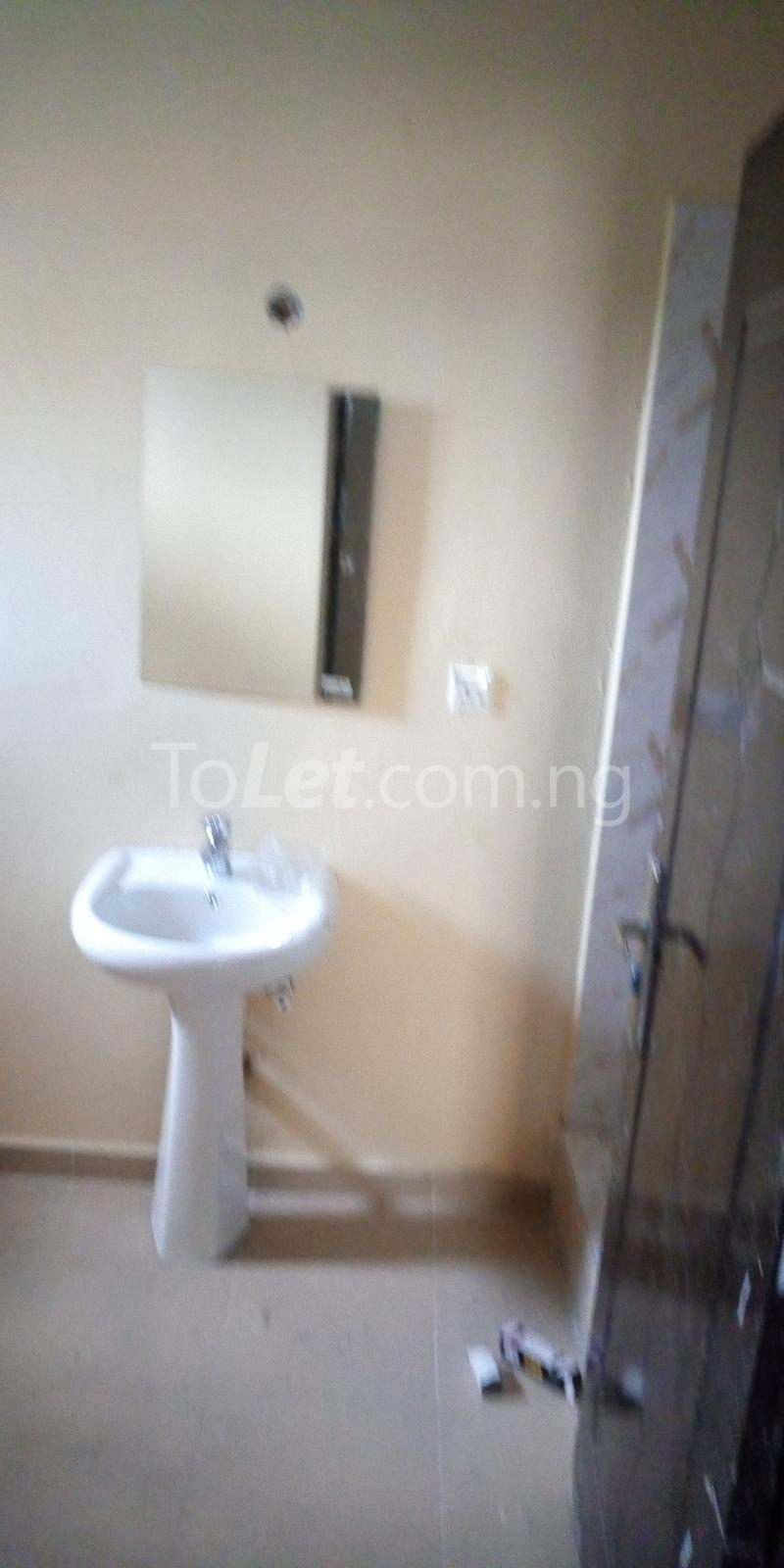 2 bedroom Blocks of Flats House for rent Robert Johnson Street Ado Ajah Lagos - 5