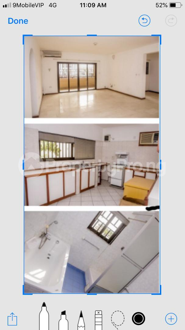 3 bedroom Massionette for rent Gerard road Ikoyi Lagos - 4