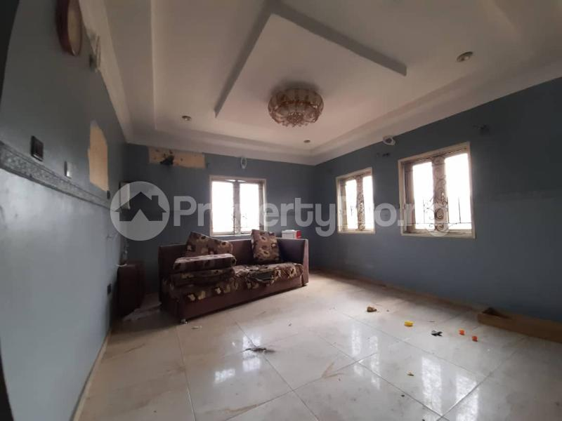 6 bedroom Detached Duplex for sale Gbagada Lagos - 8
