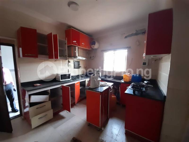 6 bedroom Detached Duplex for sale Gbagada Lagos - 4