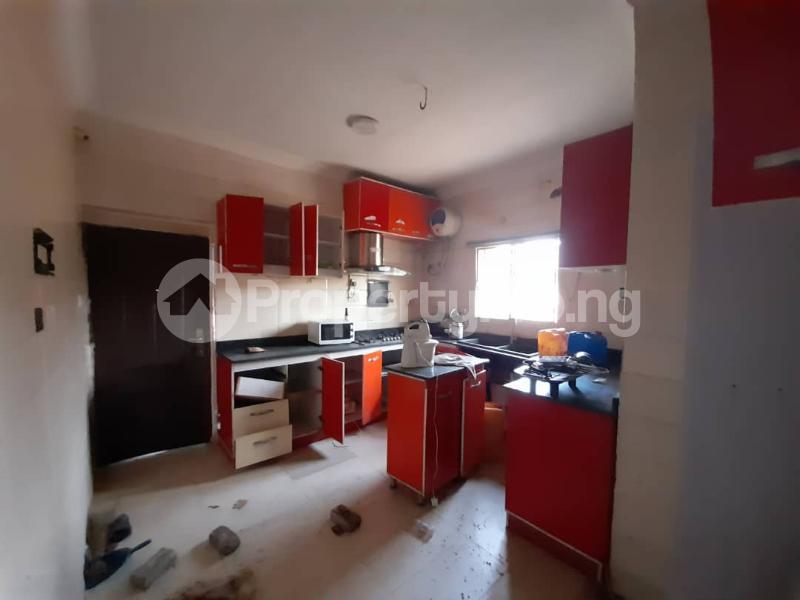6 bedroom Detached Duplex for sale Gbagada Lagos - 17