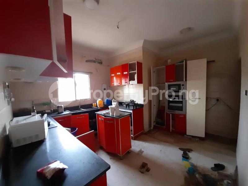 6 bedroom Detached Duplex for sale Gbagada Lagos - 3