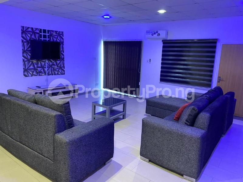 3 bedroom Flat / Apartment for shortlet Oluwaleimu Street, Allen Allen Avenue Ikeja Lagos - 18