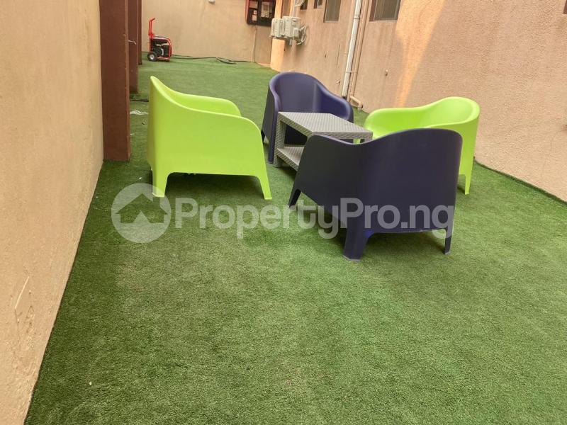3 bedroom Flat / Apartment for shortlet Oluwaleimu Street, Allen Allen Avenue Ikeja Lagos - 16