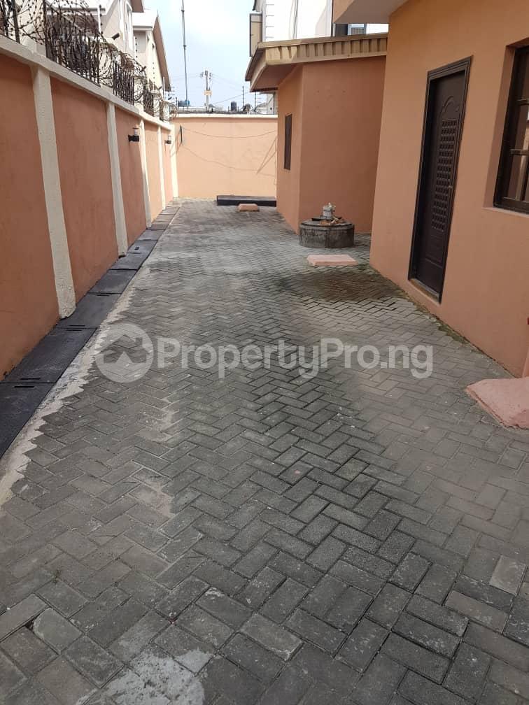 1 bedroom mini flat  Flat / Apartment for rent Off admiralty way Lekki Phase 1 Lekki Lagos - 2