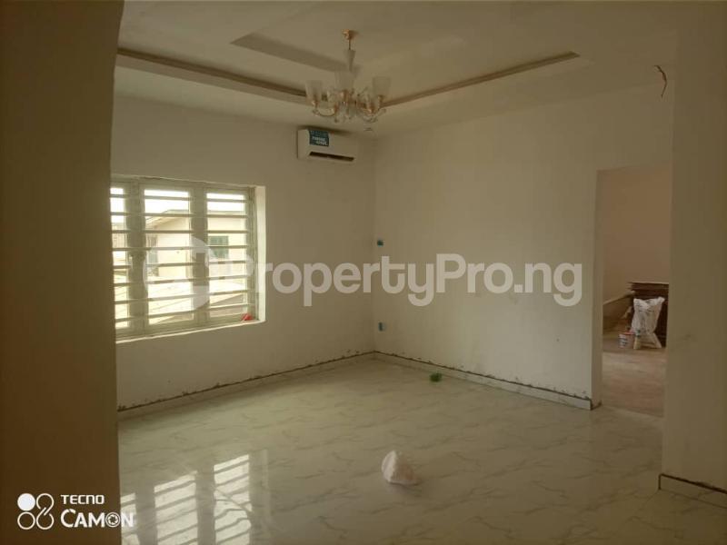 2 bedroom Flat / Apartment for rent Off admiralty way  Lekki Phase 1 Lekki Lagos - 35