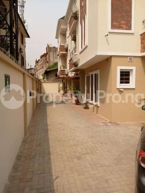 2 bedroom Flat / Apartment for shortlet off Allen  Allen Avenue Ikeja Lagos - 11