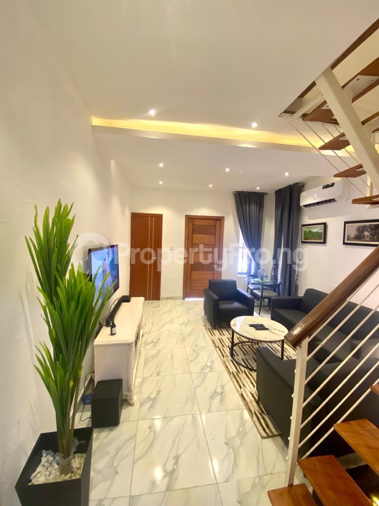 2 bedroom Semi Detached Duplex House for shortlet Olusesi Conservation Road Chevron, Lekki Expressway, Lekki, Lagos. chevron Lekki Lagos - 1