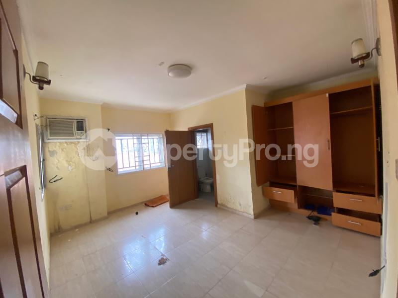 2 bedroom Penthouse Flat / Apartment for rent Lekki Phase 1 Lekki Lagos - 11