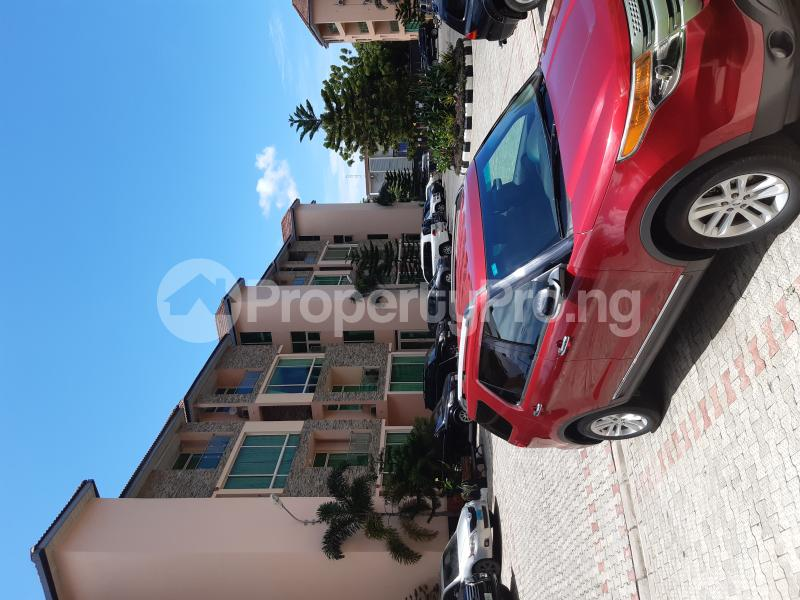 2 bedroom Blocks of Flats House for rent Off Club Road Bourdillon Ikoyi Lagos - 1