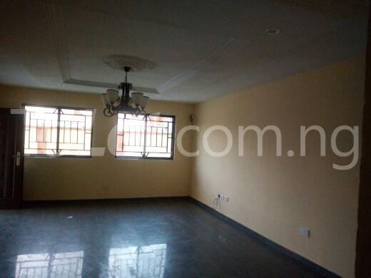2 bedroom Flat / Apartment for rent Container road Awoyaya Ajah Lagos - 8