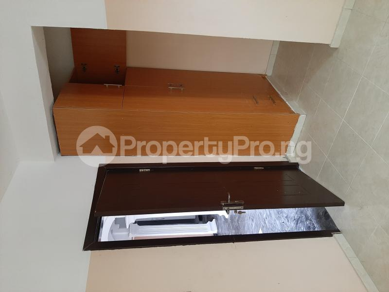 2 bedroom Flat / Apartment for rent Abraham adesanya Lekki Phase 2 Lekki Lagos - 10