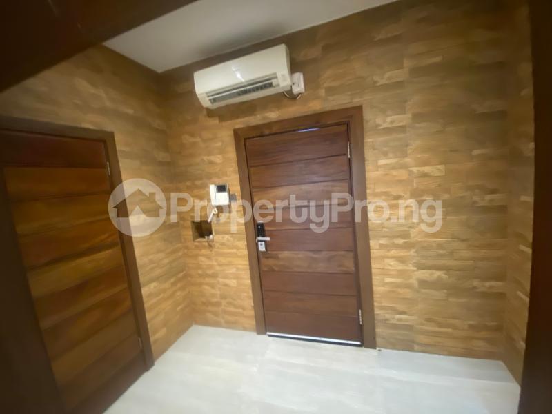 4 bedroom Flat / Apartment for rent ONIRU Victoria Island Lagos - 25