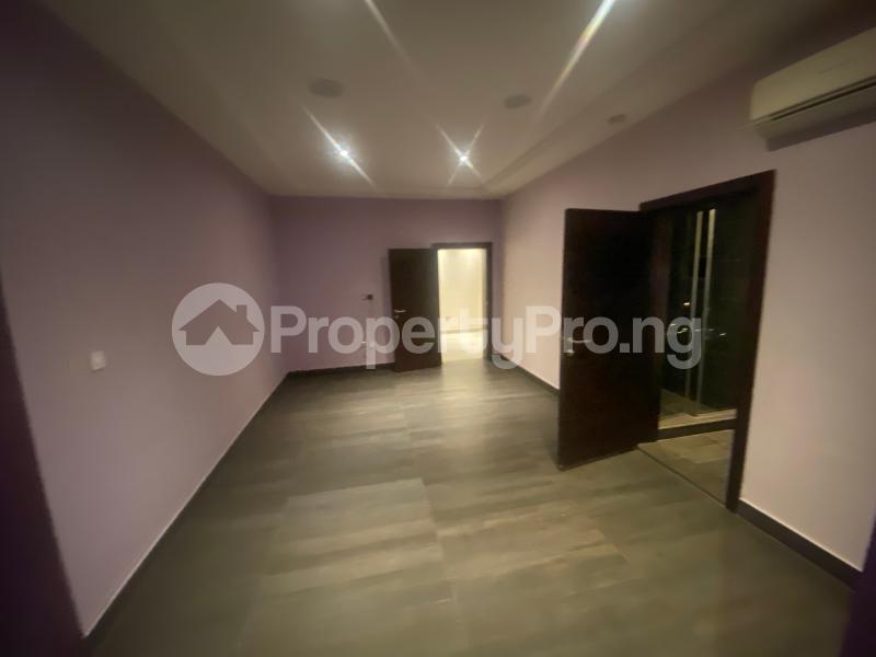 4 bedroom Flat / Apartment for rent ONIRU Victoria Island Lagos - 31
