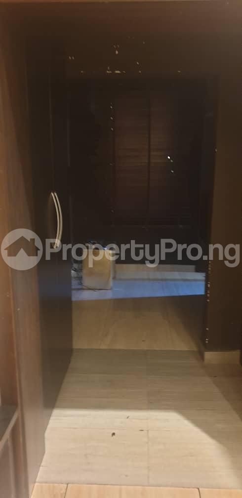 4 bedroom Flat / Apartment for rent ONIRU Victoria Island Lagos - 8