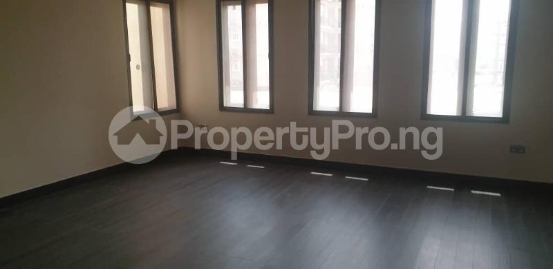 4 bedroom Flat / Apartment for rent ONIRU Victoria Island Lagos - 10
