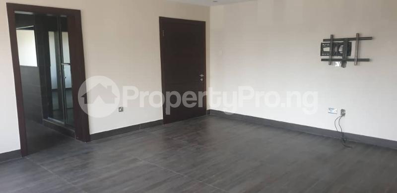4 bedroom Flat / Apartment for rent ONIRU Victoria Island Lagos - 17