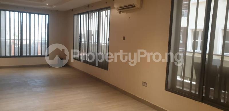 4 bedroom Flat / Apartment for rent ONIRU Victoria Island Lagos - 21