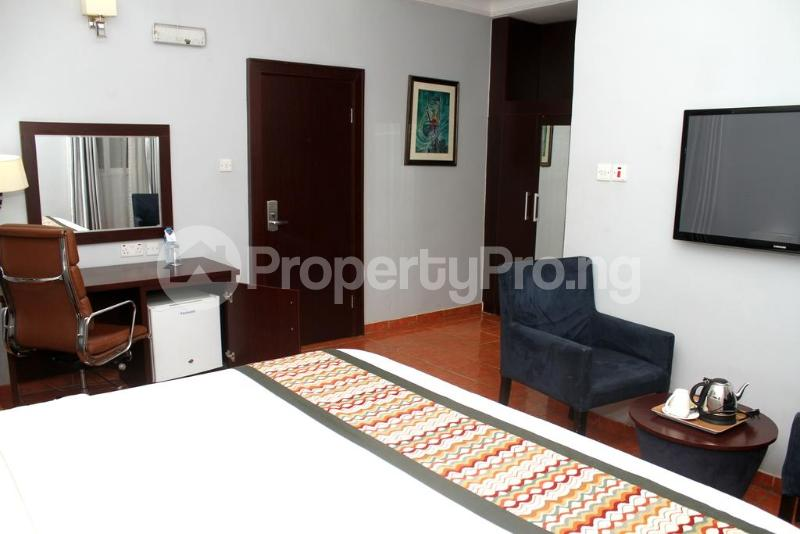 3 bedroom Flat / Apartment for shortlet Zone 7 Wuse 1 Abuja - 5
