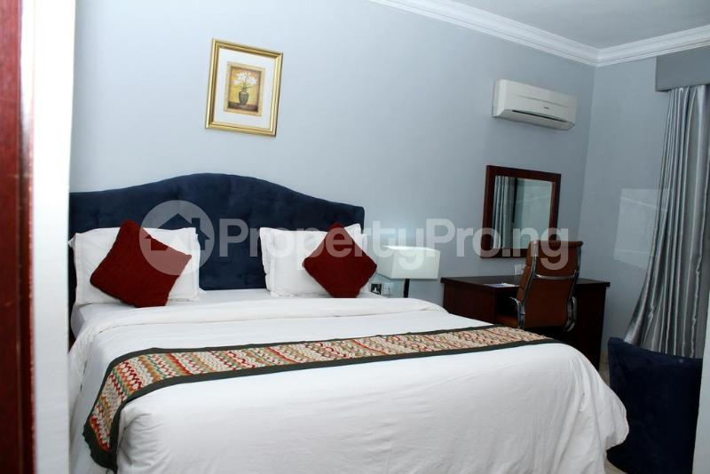 3 bedroom Flat / Apartment for shortlet Zone 7 Wuse 1 Abuja - 32