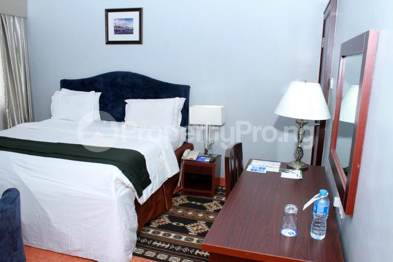 3 bedroom Flat / Apartment for shortlet Zone 7 Wuse 1 Abuja - 16