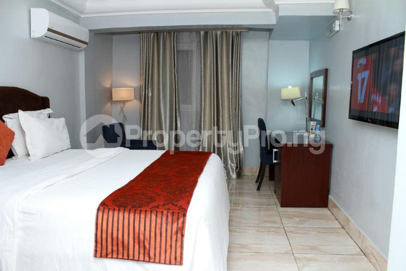 3 bedroom Flat / Apartment for shortlet Zone 7 Wuse 1 Abuja - 19