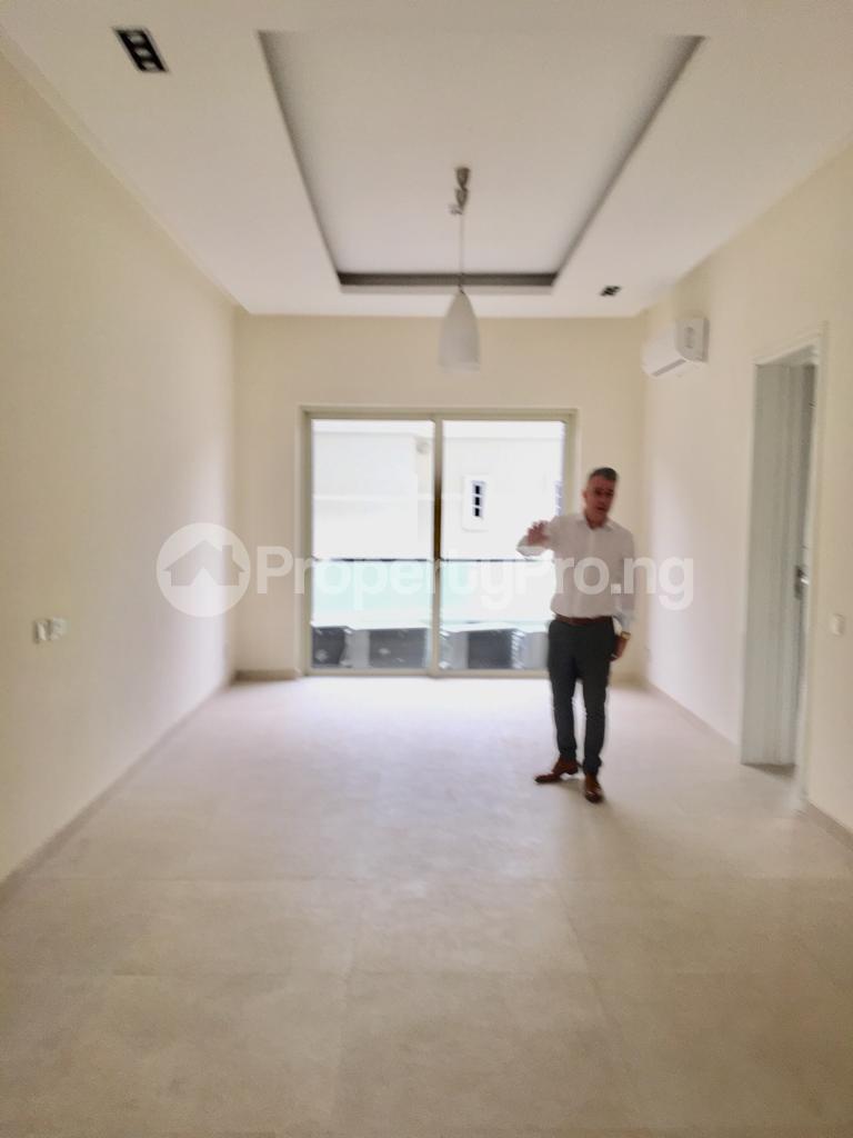 3 bedroom Flat / Apartment for rent - Banana Island Ikoyi Lagos - 10