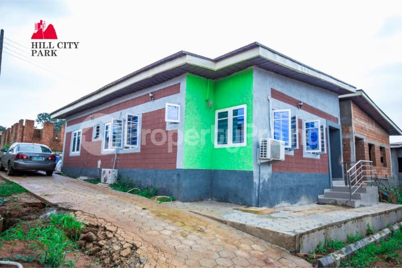 3 bedroom Detached Bungalow for sale Off Simawa Road After Rccg New Auditorium Mowe Obafemi Owode Ogun - 1