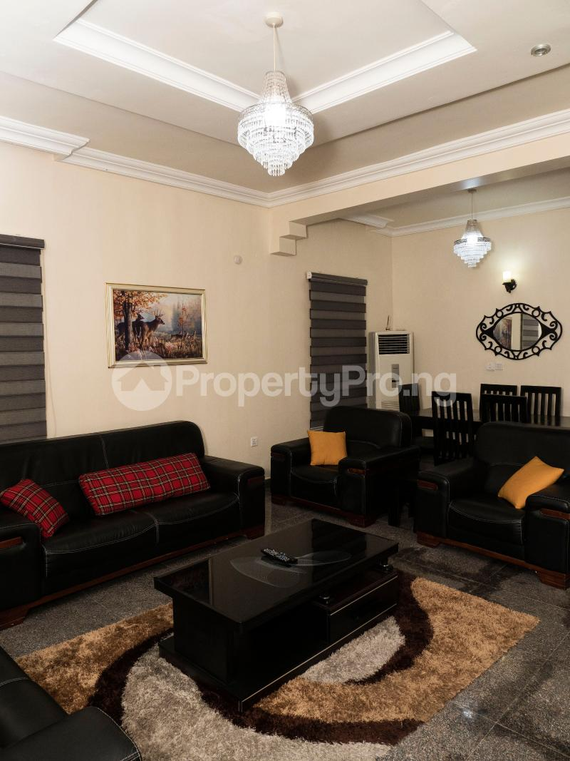 3 bedroom Flat / Apartment for shortlet Admiralty Way, Lekki Lekki Phase 1 Lekki Lagos - 2