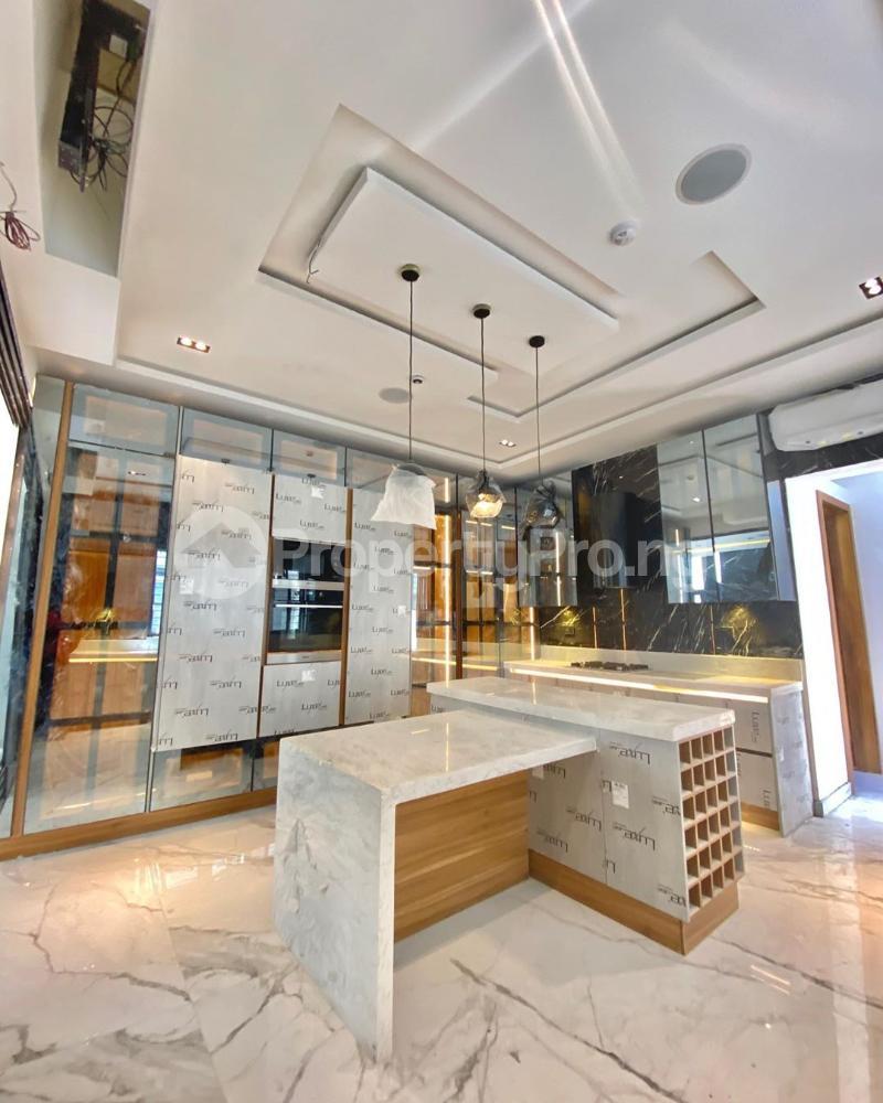 5 bedroom Flat / Apartment for sale Lekki Phase 1 Lekki Lagos - 1