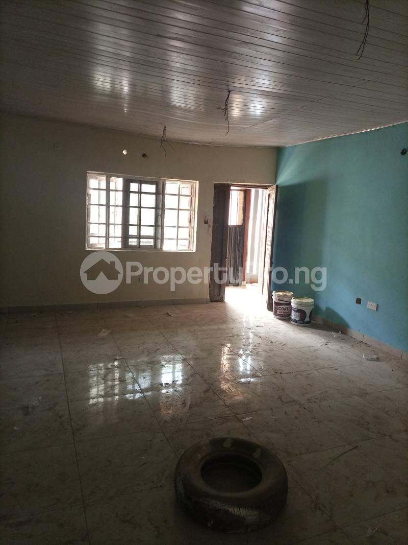 3 bedroom Flat / Apartment for rent Parkview Ago palace Okota Lagos - 2
