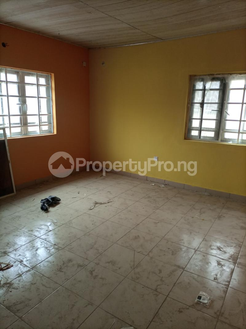 3 bedroom Flat / Apartment for rent Parkview Ago palace Okota Lagos - 4