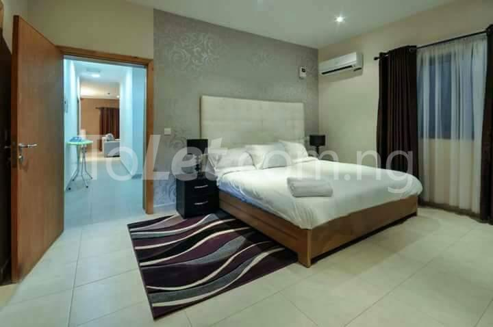 3 bedroom Flat / Apartment for shortlet Onigefon street Victoria Island Extension Victoria Island Lagos - 11