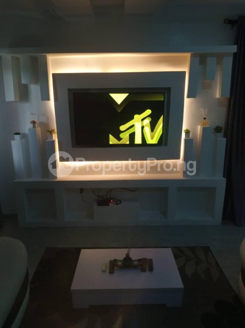 3 bedroom Self Contain for shortlet ONIRU Victoria Island Lagos - 4