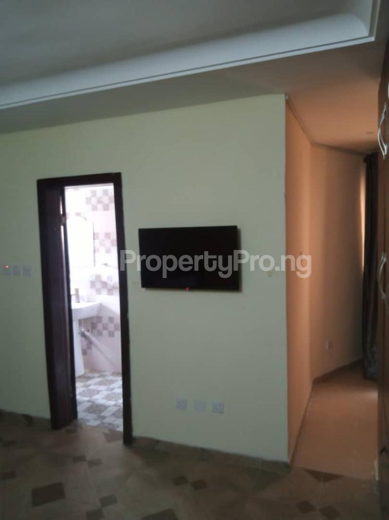 3 bedroom Self Contain for shortlet ONIRU Victoria Island Lagos - 15