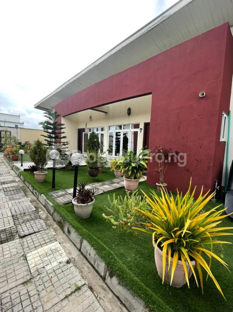 3 bedroom Flat / Apartment for sale 2nd Toll Gate chevron Lekki Lagos - 3