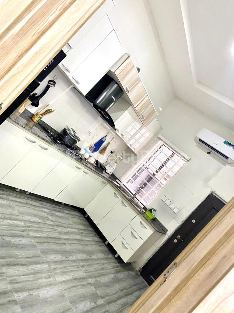 4 bedroom Flat / Apartment for shortlet   Osapa london Lekki Lagos - 2