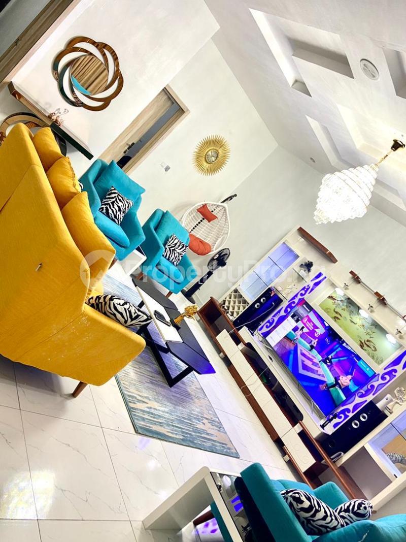 4 bedroom Flat / Apartment for shortlet   Osapa london Lekki Lagos - 0