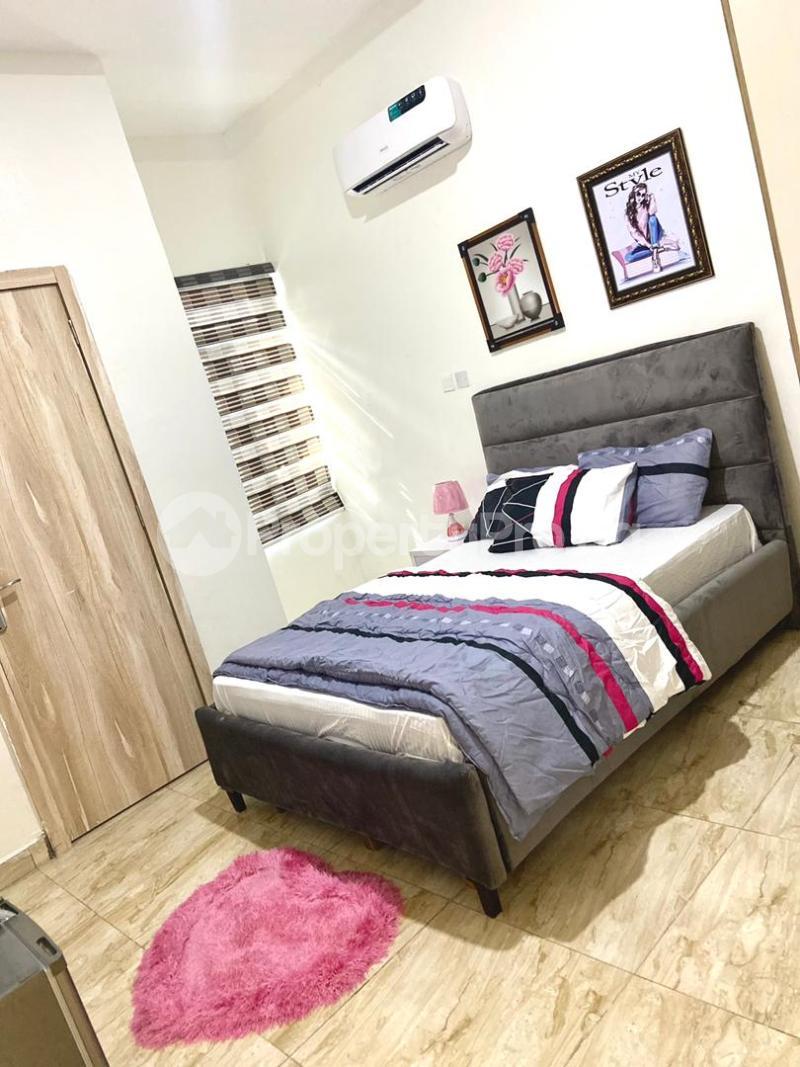 4 bedroom Flat / Apartment for shortlet   Osapa london Lekki Lagos - 4