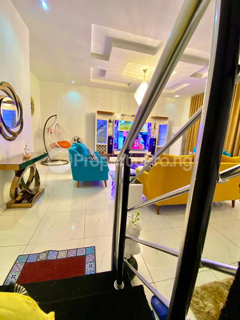 4 bedroom Flat / Apartment for shortlet   Osapa london Lekki Lagos - 5