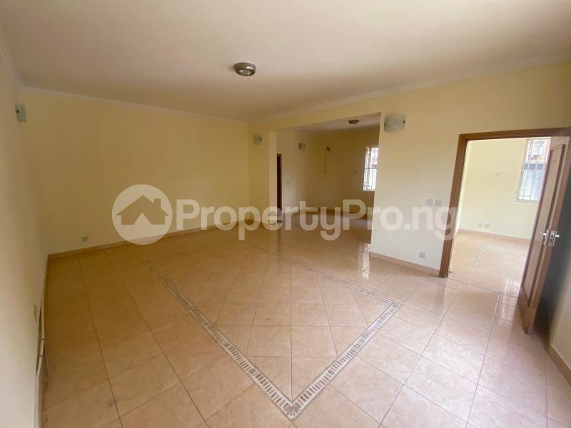 4 bedroom Semi Detached Duplex House for rent Lekki Phase 1 Lekki Lagos - 3