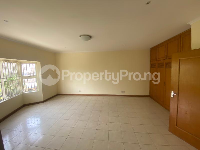 4 bedroom Semi Detached Duplex House for rent Lekki Phase 1 Lekki Lagos - 8