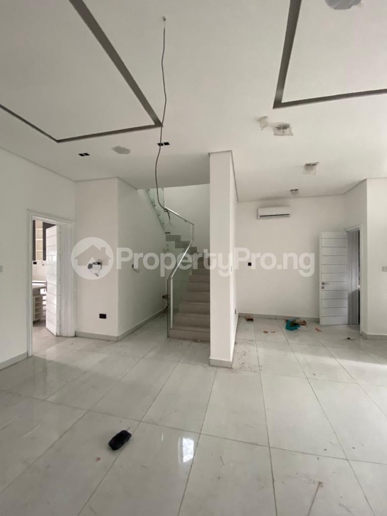 4 bedroom Terraced Duplex for rent Lekki Phase 1 Lekki Lagos - 13